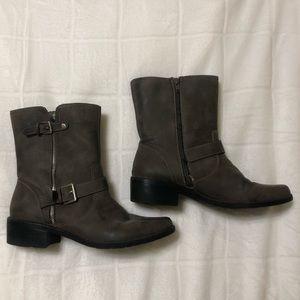Anne Klein gray booties